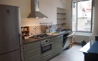 nuova cucina su misura e top in nicchia