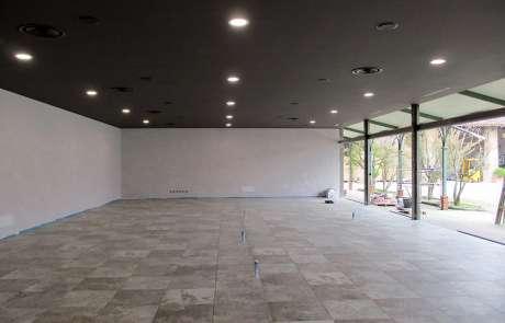 ribassamento e luci incasso nuova pavimentazione in grès porcellanato Refin Voyager