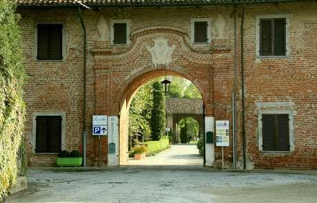 Rondello, una location nel verde, l'ingresso