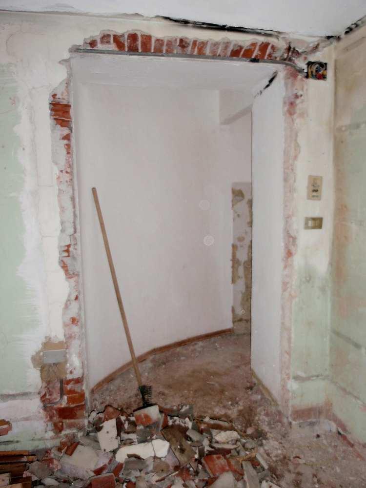 monolocale ingresso bagno demolizioni