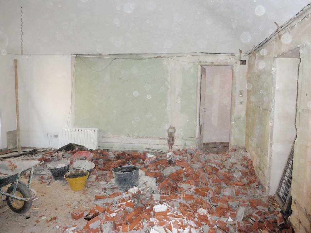 monolocale parete verso bagno lavori